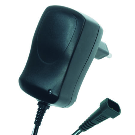 Hálózati adapter 1A, 3-12V